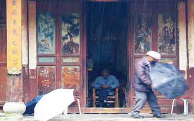 Explore Dali Old Town in Yunnan provine